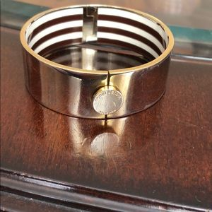PRE-LOVED HENRI BENDEL CLASSIC STRIPE BANGLE!